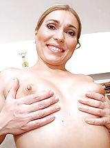 Milf Nippels, Beautiful anilos babe evelina marvellou beckons your lips with her taught rosy nipples