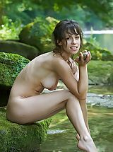 Dark Brown Nipples, Mabelle - Pure Refreshment