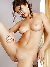 Fresh hottie girl Isabella caresses her own pink pussy and spreads her ass really good