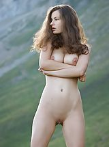 Outdoors Pics: Susann - Mountain High