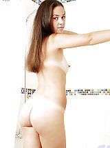 [Spintax1], Tere posing nakedly on bathroom and feels hot when removing her tops
