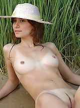 naked pictures, Dina - Mermaid