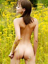 Outdoors Nippels, Amelie - The Most Beautiful Flower
