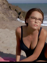 Naked Celebrity, Rachael Leigh Cook