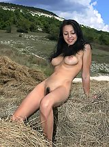 naked chick, Beata