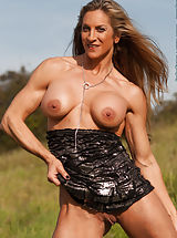 Cynthia Daniels, Naked Muscles