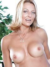 [Spintax1], Long haired mature Anilos loves to expose her well mouth watering assets on the terrace