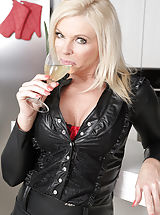 Puffy Nipples Pics, Naughty 30+ Milf reveals her well practiced muschi golden-haired MILF Carolina Carla enjoys a glass of wine before slipping out of her tight leather