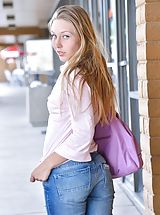 FTV Girls Nippels, Brianna Timid in Public