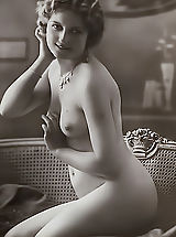 naked moms, Clasic Woman