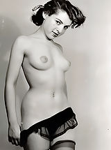 naked pictures, Retro Style Women