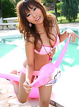 Asian Women paulena kee 10 pink vagina pool