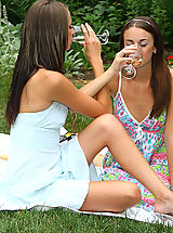 naked bikini, Sexy Parker Sisters Nude Picnic and Play - 12/3/2013