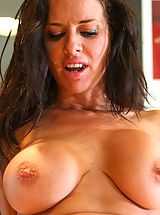 [Spintax1], Veronica Avluv