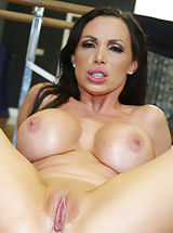 [Spintax1], Nikki Benz