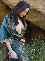 Vintage Clothing, WoW nude carlotta medieval clothing