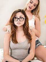 naked girls, Ariana Marie, Kenna James