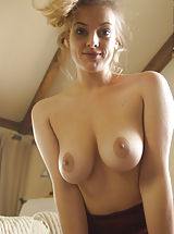 naked blondes, Lotti Rose, Artistically Succulent