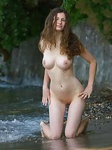 Naked Outdoors, Femjoy - Susann in Bodensee