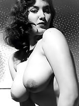 Naked Vintage, Mrs. Big Bust 1960 Photos Of Fully Naked Babe Showing Her Gigantic Historic Breasts