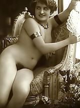 Vintage Look, Real Antique Naked Women In Vintage Photos From Early 20 Century From VintageCuties.com