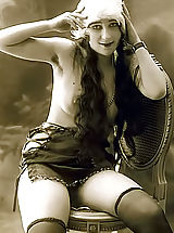 Very Old Genuine Vintage Erotic Postcards With Naked Women From France Circa 1920